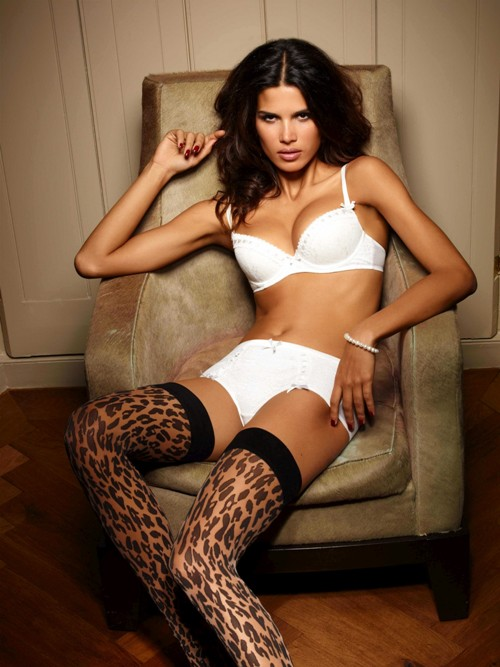 Raica Oliveira for Ultimo Spring/Summer 2011