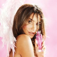 Victoria&#8217;s Secret Heat: Lily Aldridge Lingerie Photo Shoot