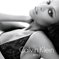 Zoe Saldana: Calvin Kleins new underwear model