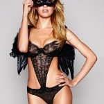 Candice-Swanepoel-sizzles-in-Victorias-Secret-Halloween-photoshoot-2