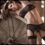 Ellipse-Huit-lingerie-collection-14
