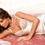 Intimissimi-Spring-Summer-2011-Bridal-and-Jersey-Collections-3