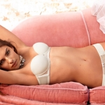 Intimissimi-Spring-Summer-2011-Bridal-and-Jersey-Collections-4