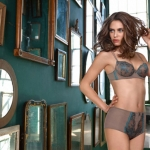 Intimissimi-fall-winter-2010-lingerie-collection-34