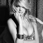 Kate-Upton-in-sexy-Guess-lingerie-2011-campaign-2
