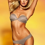 New-Treats-From-Victorias-Secret-for-Spring-Summer-2011-7