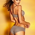 New-Treats-From-Victorias-Secret-for-Spring-Summer-2011-8