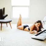 Sarah-Shahi-in-underwear-for-Esquire-7