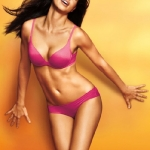Victorias-Secret-Incredible-2011-look-book-14