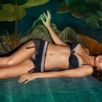 intimissimi-lingerie-fall-winter-2011-2012-7