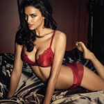 irina-shayk-la-clover-lingerie-8