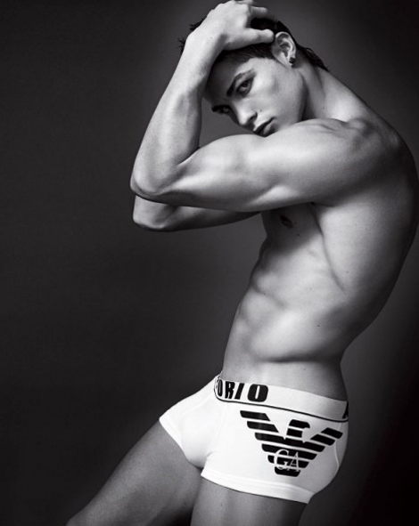 christiano ronaldo emporio armani men's underwear campaign 1