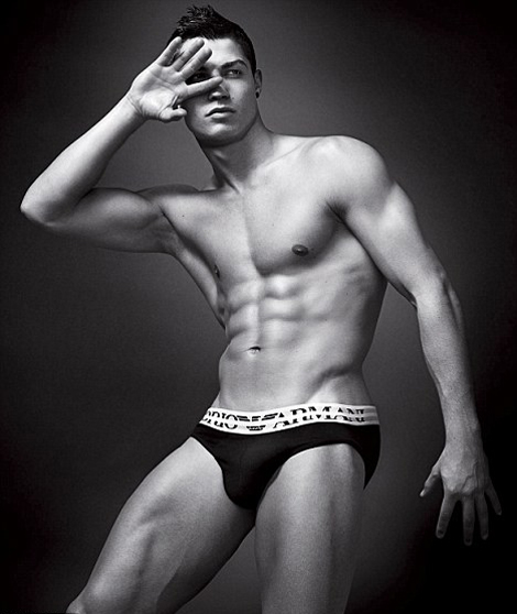 christiano ronaldo emporio armani men's underwear campaign 2