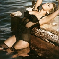 Kylie Minogue Graces Vogue February 2010