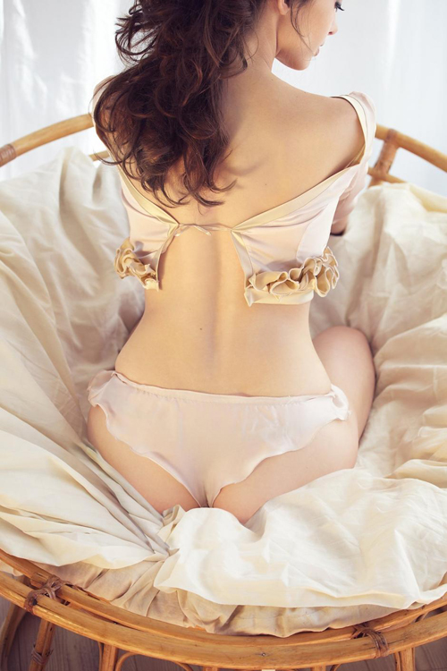 Romantic Lingerie Lookbook From Camello Maculato 