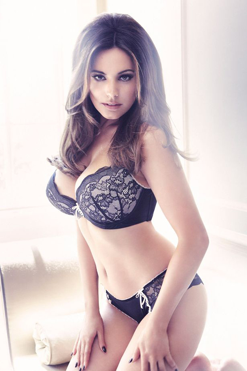 kelly-brook-new-lingerie-collection